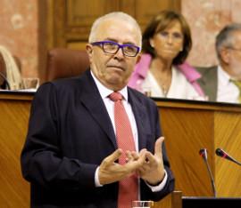 El consejero de Economía, José Sánchez Maldonado, en el Parlamento andaluz.