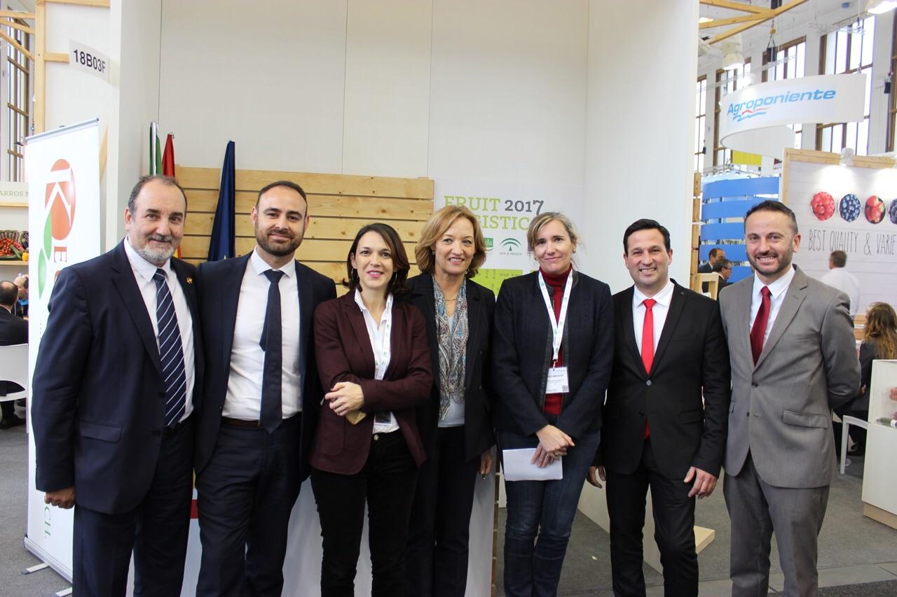 Ortiz ha destacado el esfuerzo del sector agroalimentario andaluz para seguir diversificando mercados