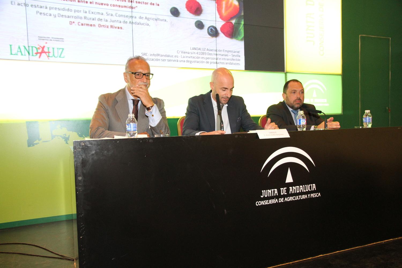 Rafael Peral durante la clausura de la Asamblea General de Landaluz
