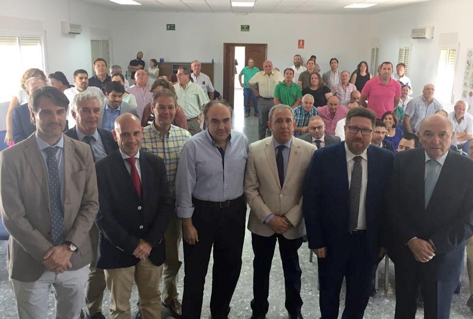 Rodrigo Sánchez ensalza la industria orujera como pieza imprescindible para el aprovechamiento de subproductos derivados del olivar