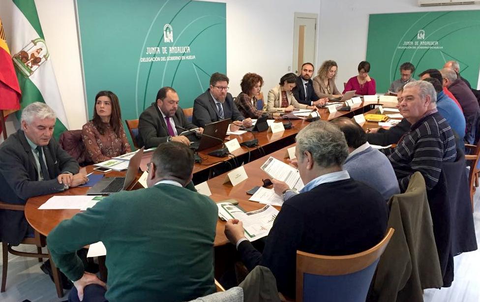 Rodrigo Sánchez en la reunión de la Mesa de los Frutos Rojos de Huelva