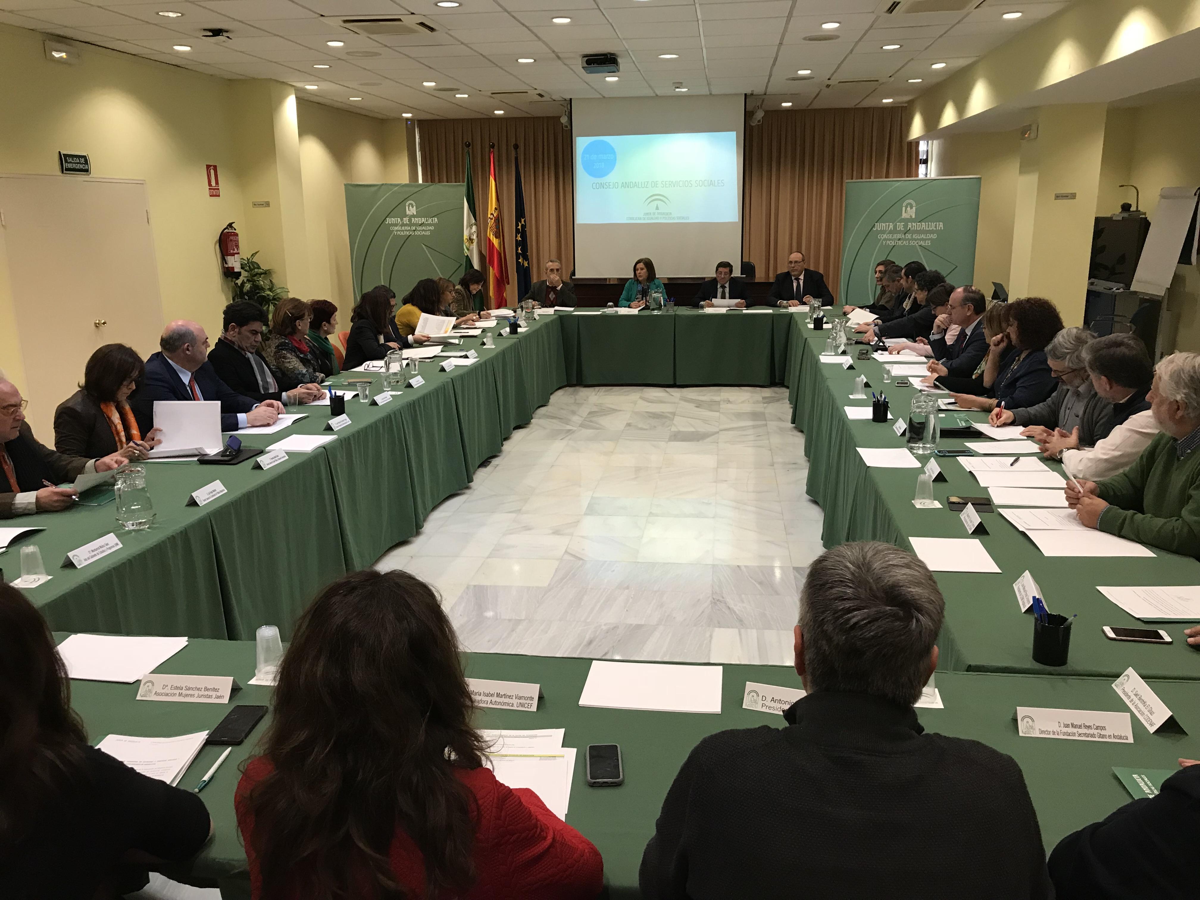 La Junta continúa el desarrollo de la ley con la constitución del Consejo Andaluz de los Servicios Sociales