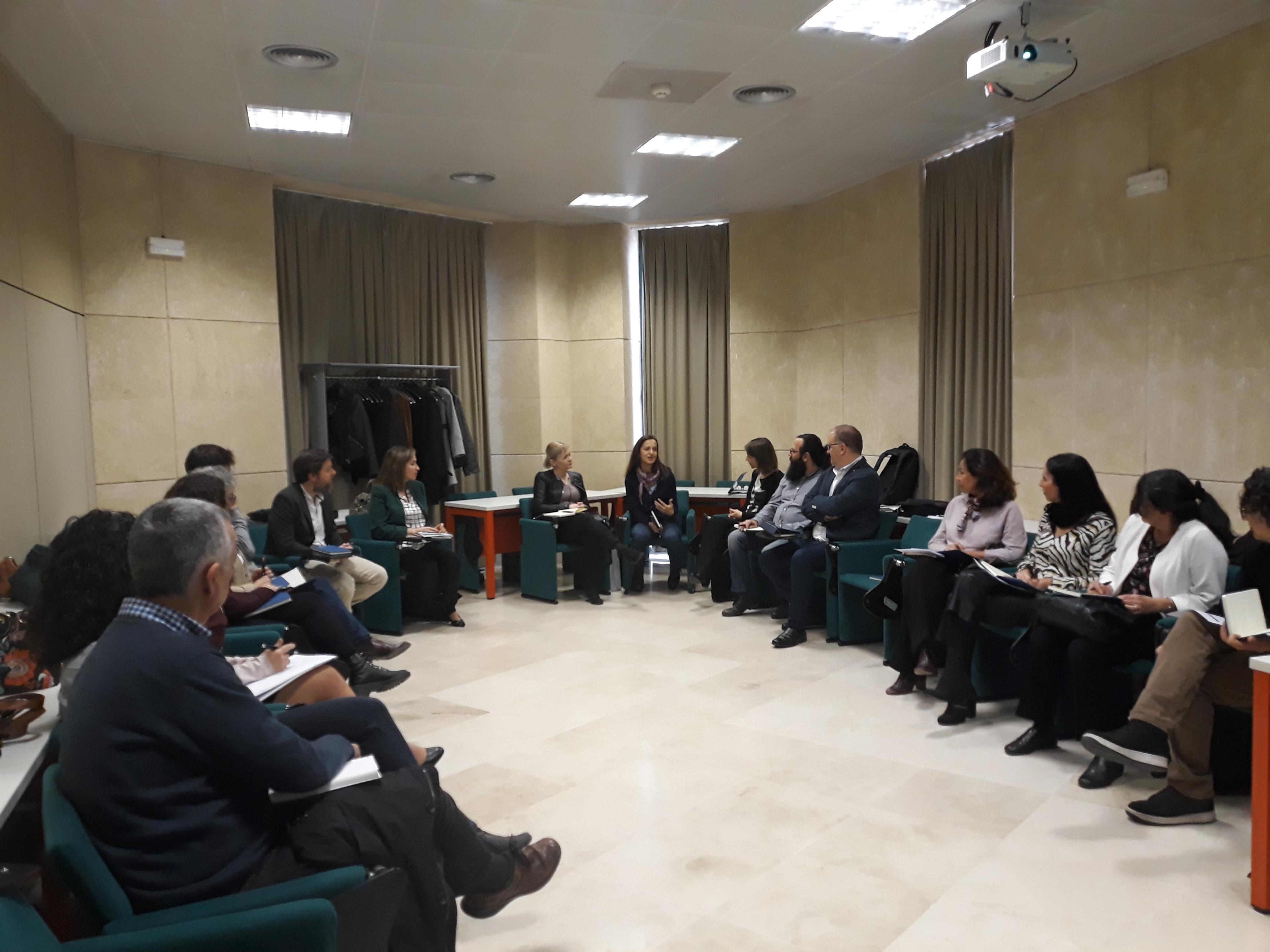 A la jornada asistieron una decena de responsables internacionales de centros Euraxess de seis países europeos: Bulgaria, Bosnia y Herzegovina, Chipre, Croacia, España y Luxemburgo