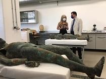 La consejera de Cultura y Patrimonio Histórico durante su visita al Museo Arqueológico de Córdoba