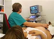 ecografía a una embarazada
