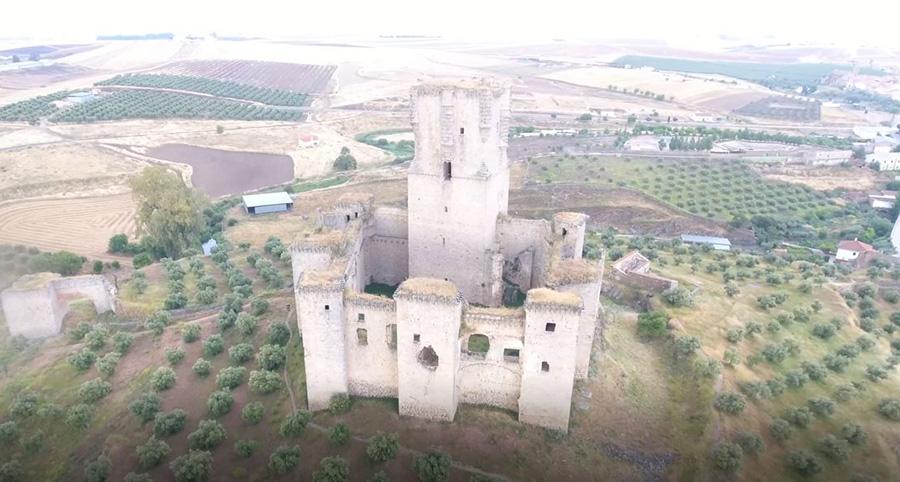 Consolidación y puesta en valor del recinto amurallado y castillo de Belalcázar (Córdoba)