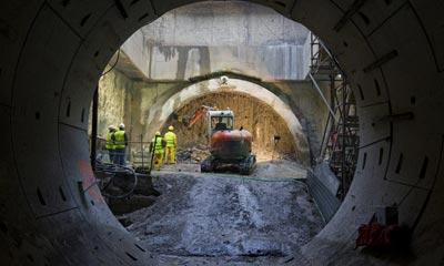 Imagen de un tunel del metro de Sevilla