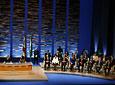 El presidente de la Junta, Manuel Chaves, la presidenta del Parlamento, María del Mar Moreno, y los consejeros del Gobierno andaluz, al inicio del acto de entrega de medallas y distinciones en el Teatro de la Maestranza.