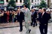 57:Don Felipe llega al Ayuntamiento de Granada.