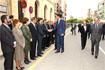 64:Don Felipe saluda a la corporaci�n municipal antequerana a su llegada al Ayuntamiento.