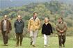 90:El Pr�ncipe de Asturias junto al presidente de la Junta, Manuel Chaves; la consejera de Medio Ambiente, Fuensanta Coves; a la izquierda, el director conservador del Parque Natural de la Sierra de Grazalema, Carlos Mart�nez Ortega, y el alcalde de Grazalema, Antonio Mateos Salguero, a la derecha.