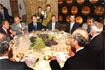 81:S.A.R. el Pr�ncipe durante el almuerzo con vitivinicultores del Marco del Jerez.