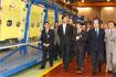 83:Don Felipe recorri� las instalaciones de Airbus acompa�ado por el presidente de la Junta de Andaluc�a, Manuel Chaves, y el consejero de Empleo y Desarrollo Tecnol�gico, Jos� Antonio Viera.
