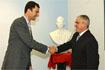 112:La Asociaci�n de Empresarios del M�rmol en Macael (Almer�a) obsequiaron a S.A.R. con un busto de su imagen realizado en m�rmol.