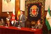 110:El Heredero de la Corona en el Ayuntamiento de Almer�a, junto a autoridades civiles y militares.