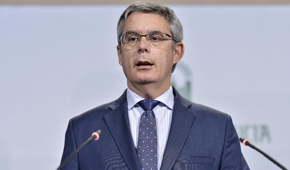 Juan Carlos Blanco compareció tras la reunión semanal del Consejo de Gobierno.