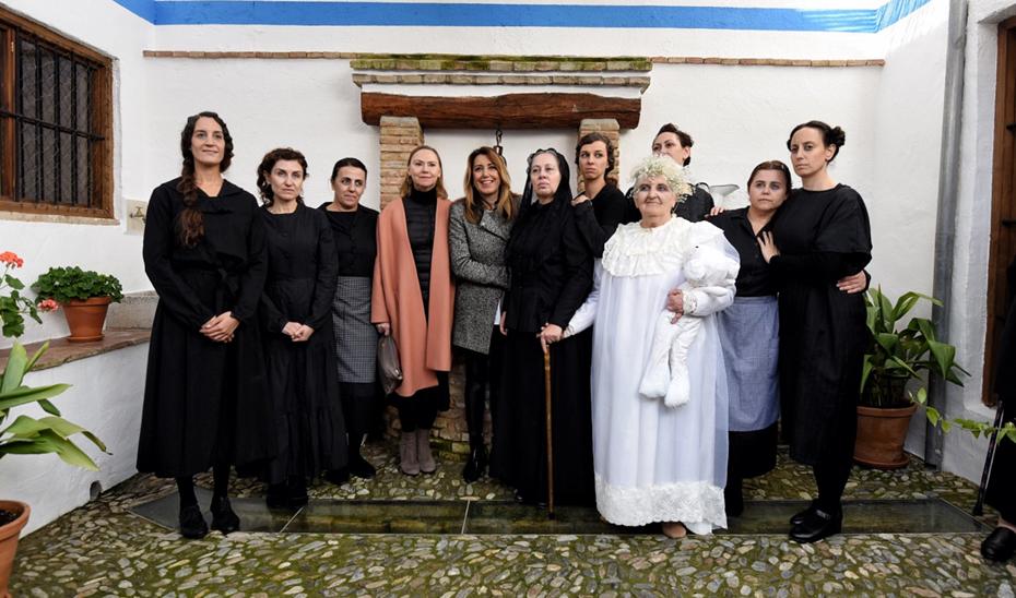 Susana Díaz en la inauguración del museo dedicado a 'La Casa de Bernarda Alba', en Valderrubio (Granada).
