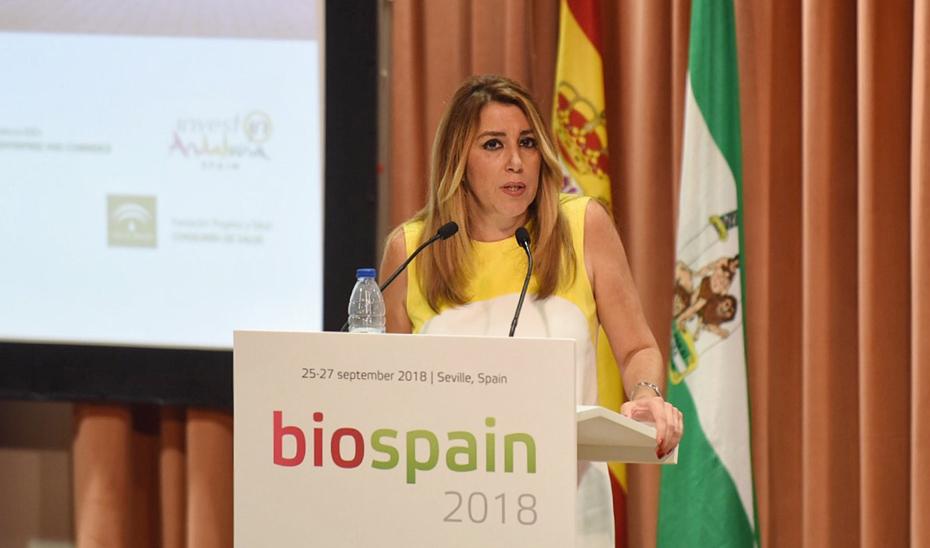 Díaz durante la inauguración en Sevilla de la Feria Internacional de Biotecnología Española Biospain 2018.