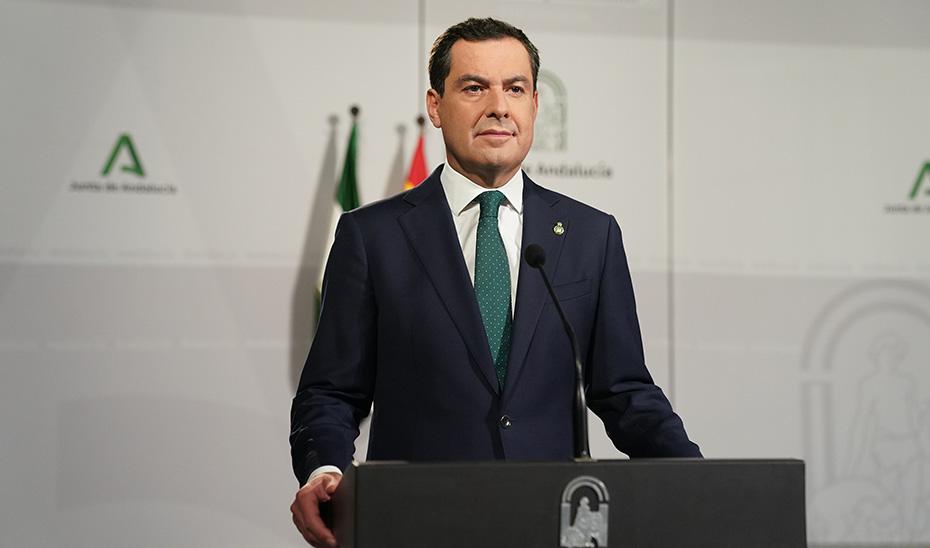 El presidente Juanma Moreno, durante su intervención.