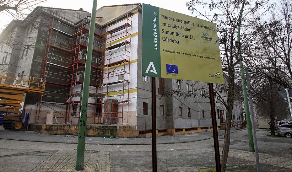 Actuación del Plan Andalucía en marcha en materia de eficiencia energética en viviendas.