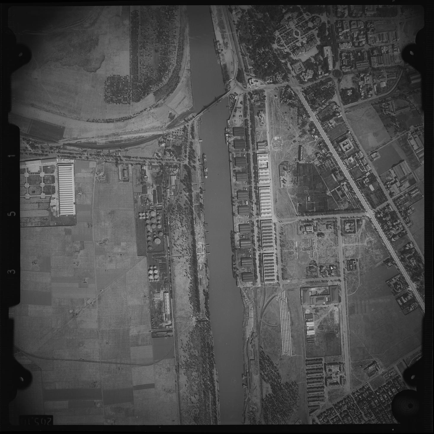 rio guadalquivir 1944084