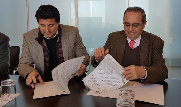 Firma de convenio IECA y Diputación de Málaga