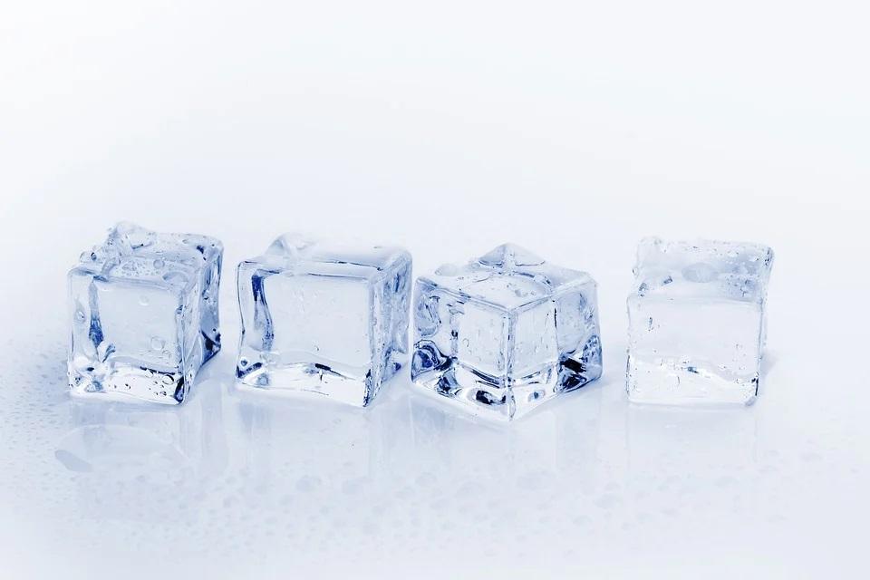 Experimento nº 1: Cuando el hielo se derrite, ¿aumenta el nivel del agua?