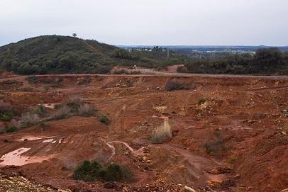 Estudios y análisis de riesgos en suelos contaminados