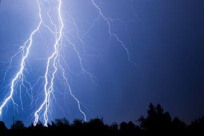 Información diaria de valores meteorológicos significativos