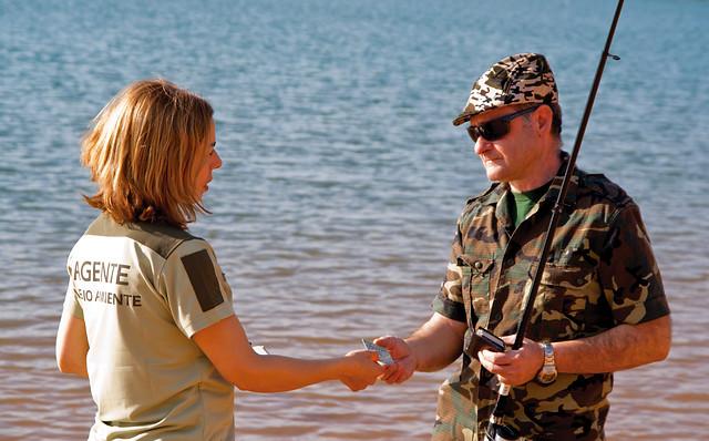 Obtención de licencias de caza y pesca continental