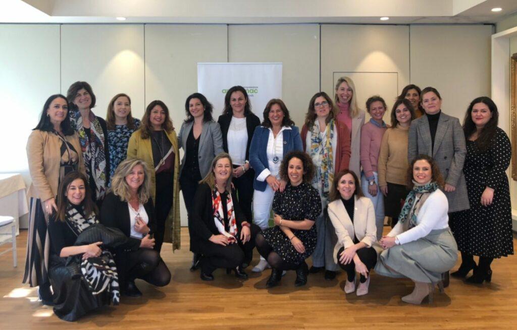 Integrantes de la Asociación Andaluza de Mujeres Empresarias del Sector del Medio Ambiente.