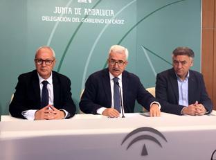 El vicepresidente de la Junta y consejero de la Presidencia, Administración Local y Memoria Democrática, Manuel Jiménez Barrios ha informado sobre la inversión de 17 millones para regener espacio público urbano en municipios de Cádiz.