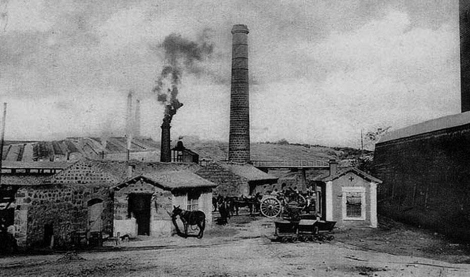 Fundición La Tortilla, en Linares (Jaén). Postal de principios del siglo XX.