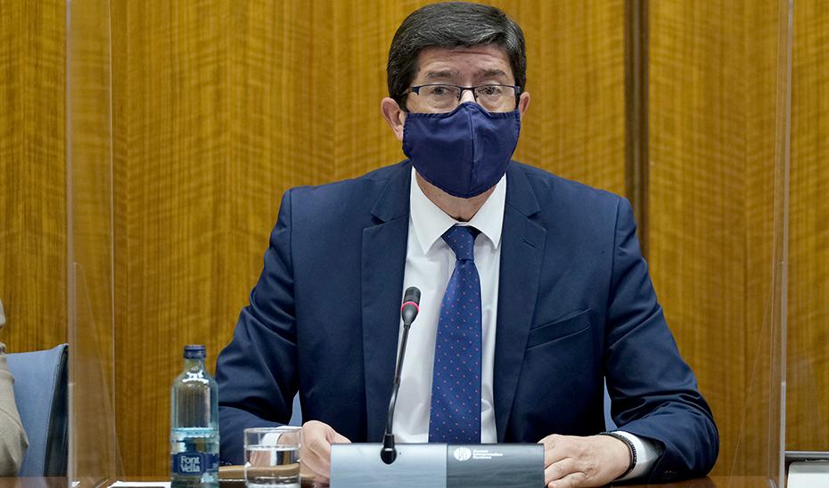 El vicepresidente Juan Marín, durante su intervención ante la comisión parlamentaria.