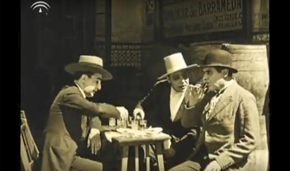 El patio de los Naranjos. Guillermo Hernández Mir, 1926. Pinchar par ver en Youtube (+)