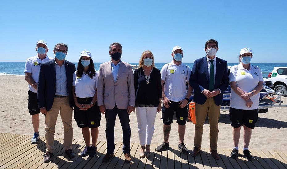 Tres mil vigilantes controlan los mil kilómetros de playas andaluzas