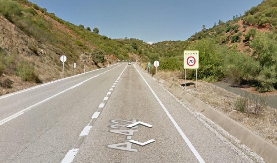 Fallece una persona y otras dos resultan heridas en un accidente de tráfico en El Pedroso