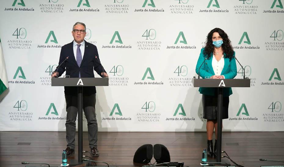 Comparecencia informativa de Elías Bendodo y Rocío Ruiz tras el Consejo de Gobierno (vídeo íntegro)