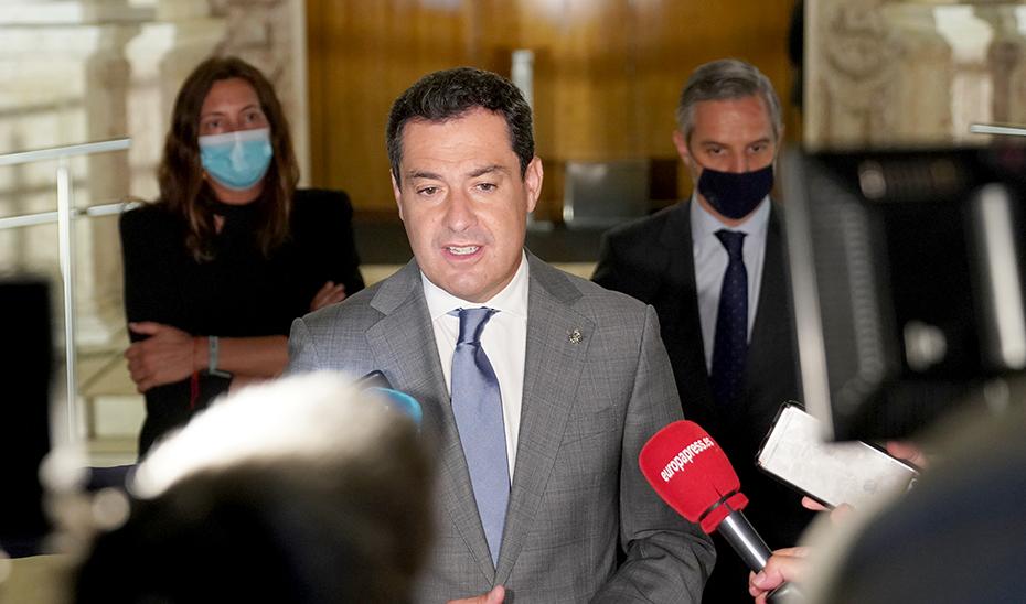 Moreno destaca que la tercera bajada de impuestos de su Gobierno beneficia a todos los andaluces