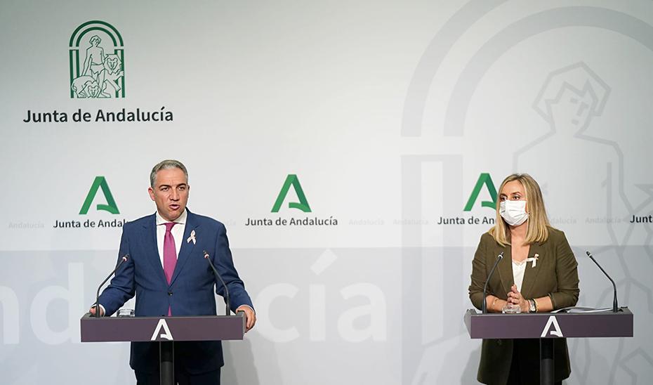 Comparecencia de Elías Bendodo y Marifrán Carazo tras la reunión del Consejo de Gobierno (vídeo íntegro)