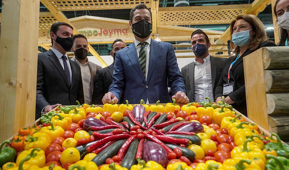 Intervención de Juanma Moreno en su visita al Pabellón de Andalucía en la Feria Internacional Fruit Attraction
