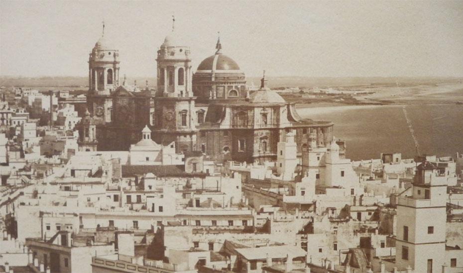 La Catedral de Cádiz, vista desde la Torre Tavira.