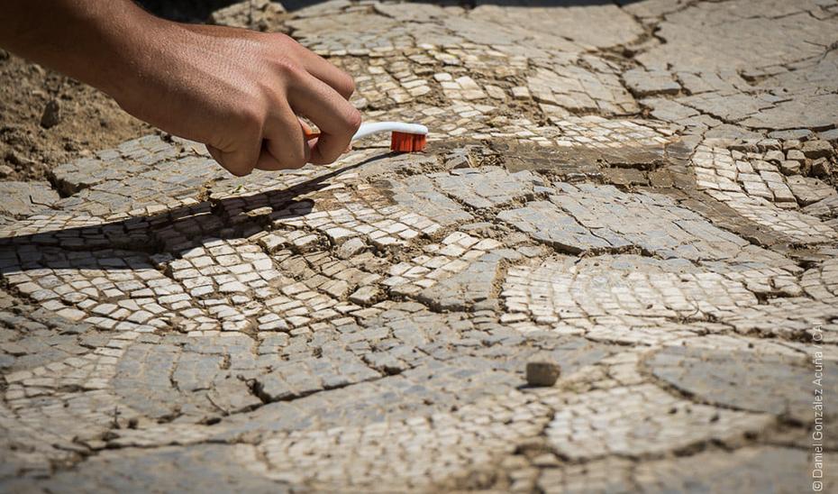Detalle de uno de los mosaicos hallados en la excavación de Itálica.