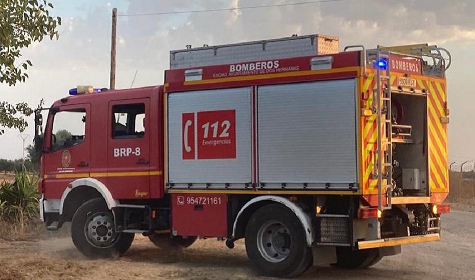 Fallece un mecánico al caerle encima la cabeza tractora de un camión en Lebrija