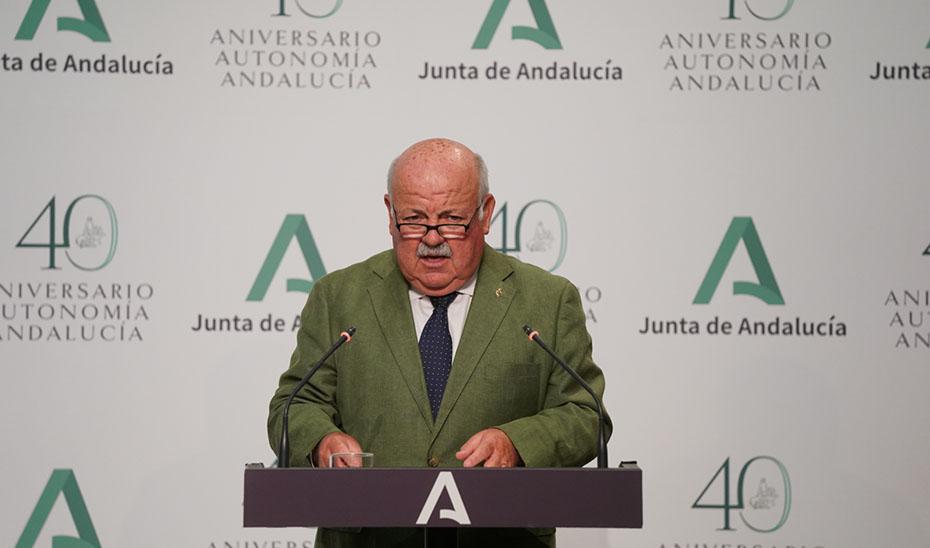 El consejero de Salud y Familias, Jesús Aguirre, comparece tras la reunión semanal del Consejo de Gobierno.