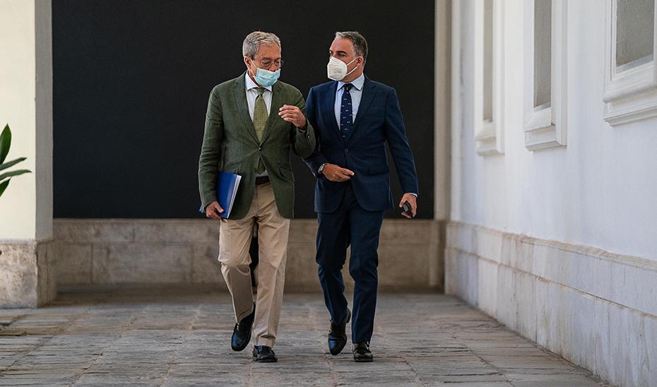 Comparecencia de Elías Bendodo y Rogelio Velasco tras el Consejo de Gobierno (audio íntegro)
