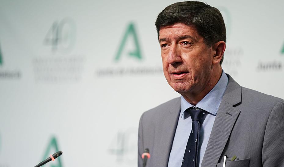 Juan Marín detalla la aprobación de más de 300 millones para la contratación de recursos de Justicia Juvenil
