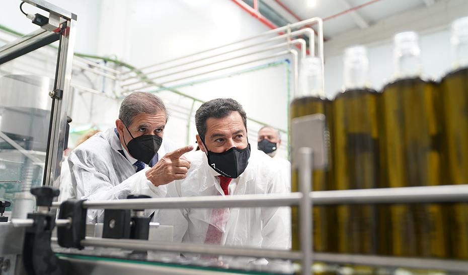 Moreno elogia la reconversión de cooperativas andaluzas en industria 4.0 para abrir nuevos mercados al aceite de oliva