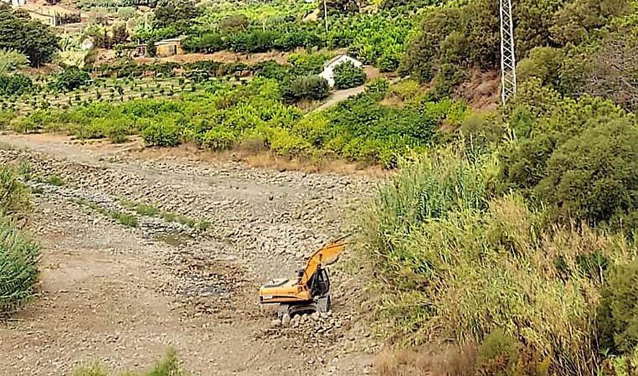 Trabajos preventivos en cauces afectados por el incendio de Sierra Bermeja